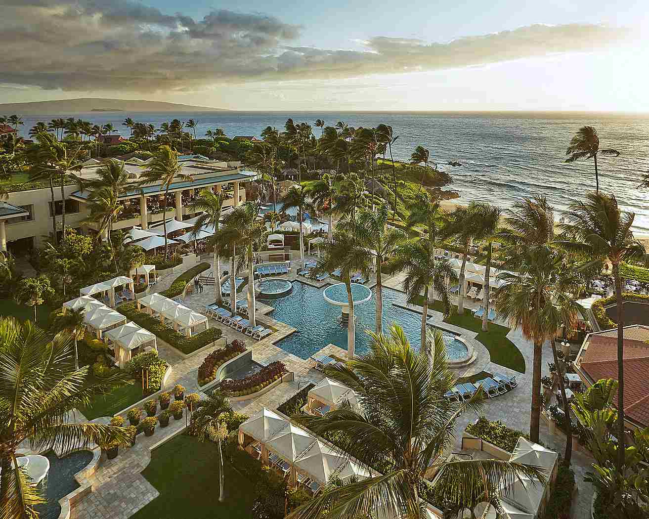 Maui\'s Best Resorts Are These Wailea Luxury Hotels