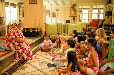 """Aunty's """"Once Upon an Island Storytelling"""" at Aunty's Beach House at Aulani, a Disney Resort & Spa"""
