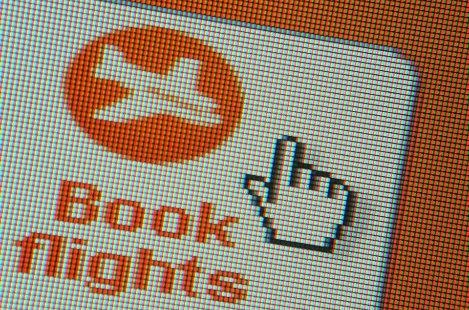 Online booking for EasyJet