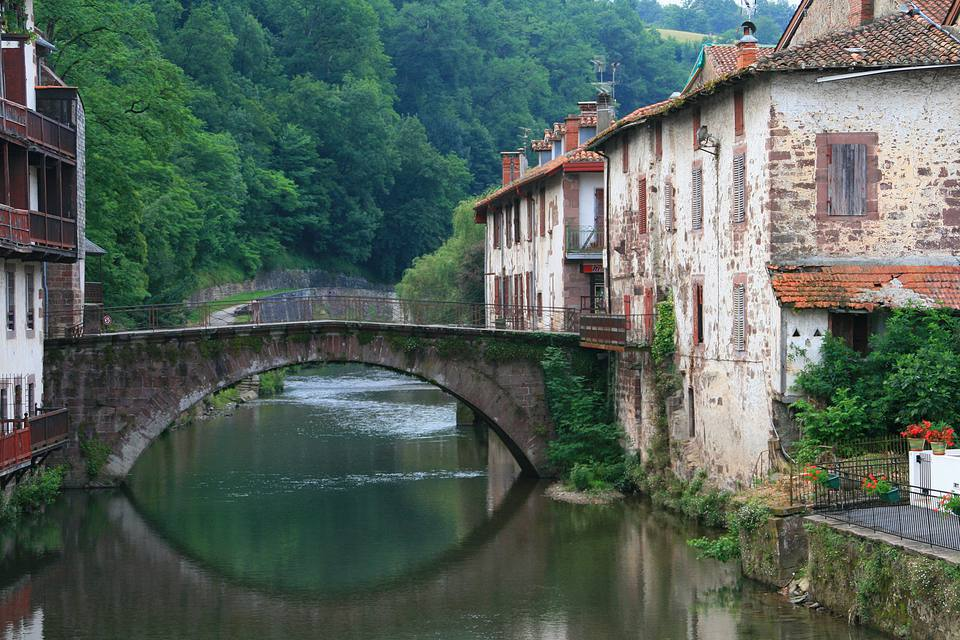 A picturesque river scene in St Jean-Pied-de-Port