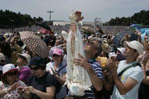 Pilgrims at Fatima Sanctuary