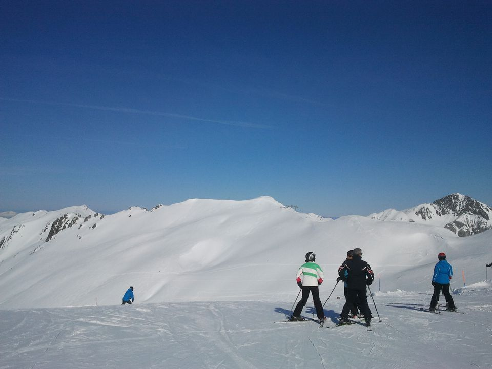 san-isidro-leon-ski-Viktoria-Urbanek-56f03f495f9b5867a1c58608 Where Are the Best Places to Go Skiing in Spain?