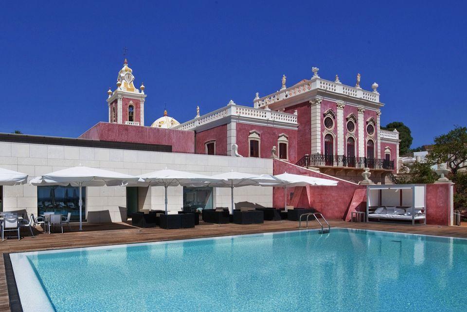 Pousada Palácio de Estoi hotel in Portugal's Algarve beach region