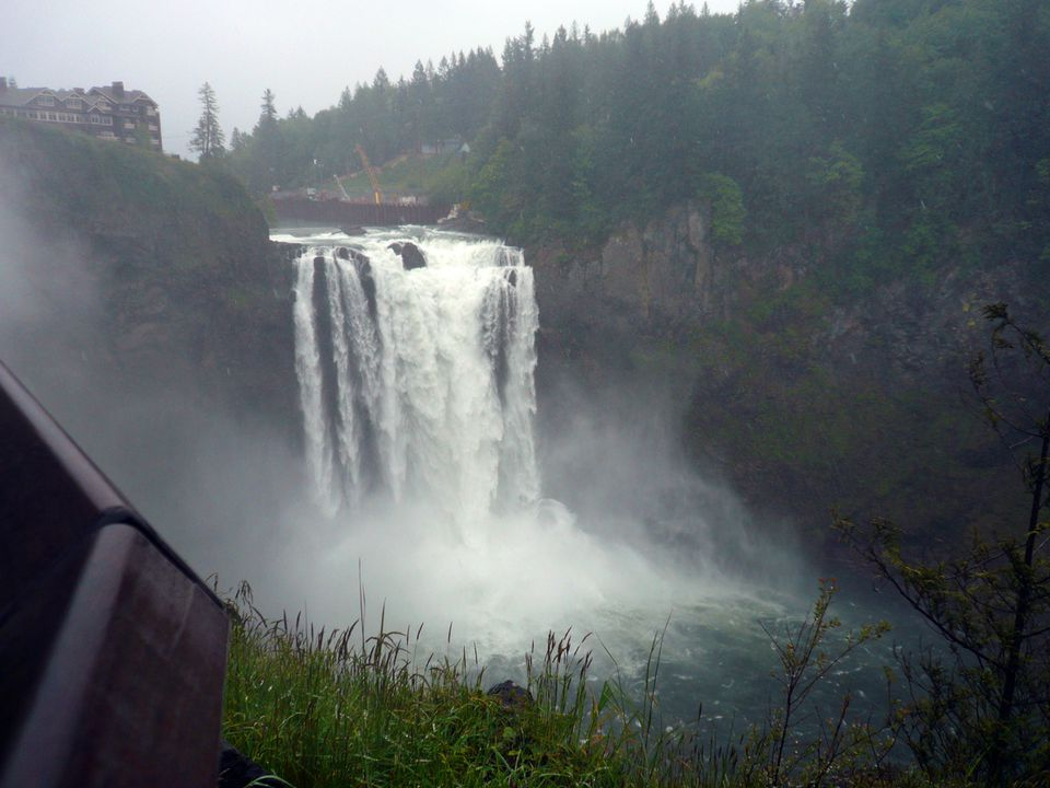 Salish Lodge sits at the top of magnificent Snoqualmie Falls