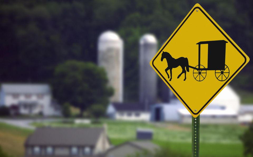 USA, Pennysylvania, Lancaster County, Amish road sign