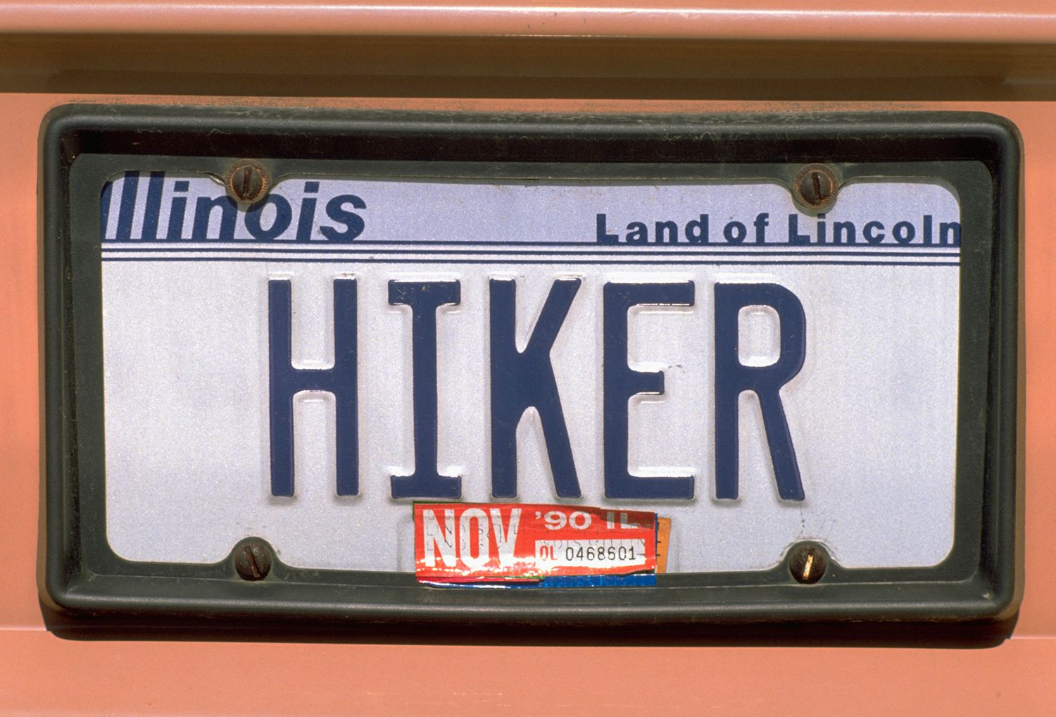 How to Register and Renew Your Car in Illinois