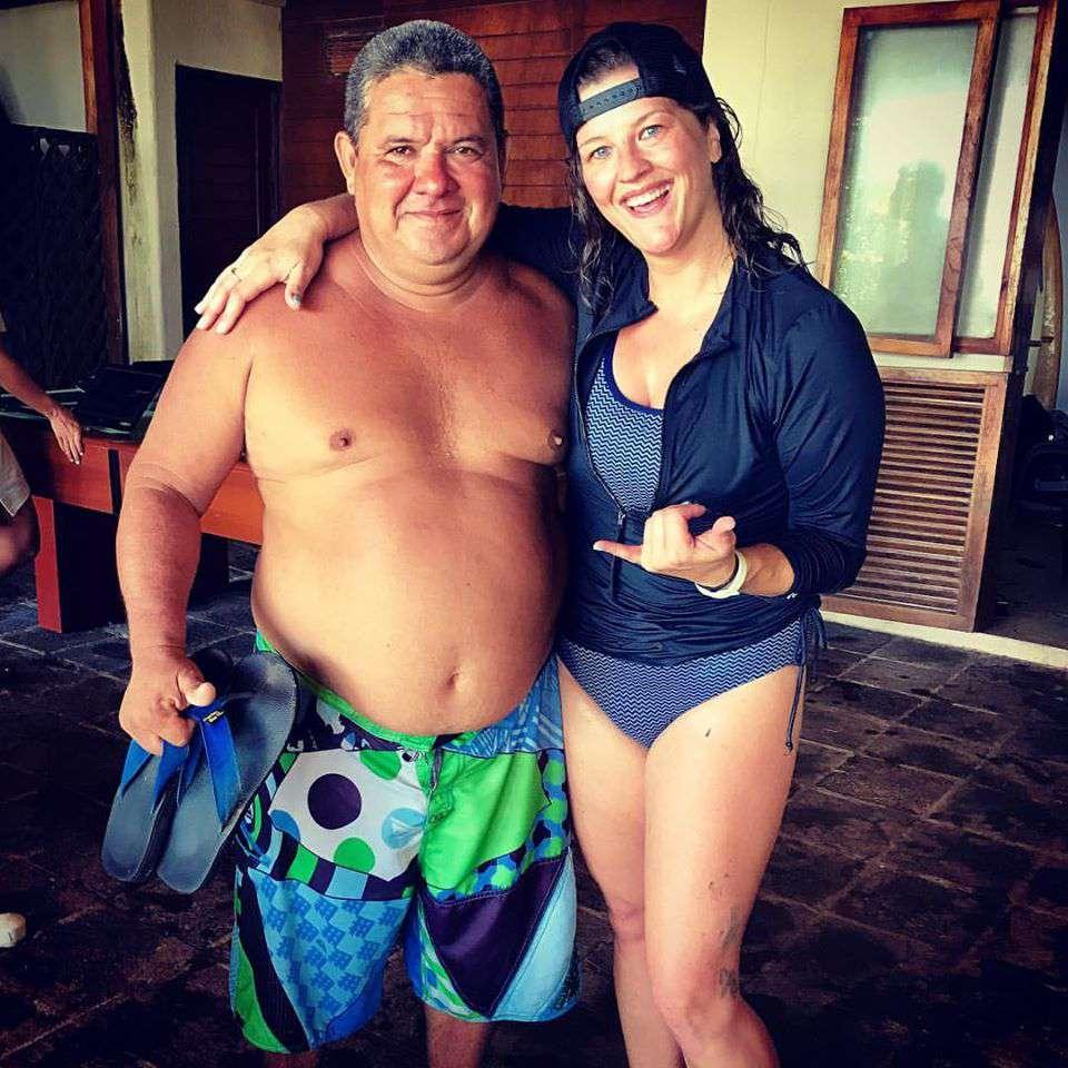 Jeppi, my El Salvadorian surf instructor