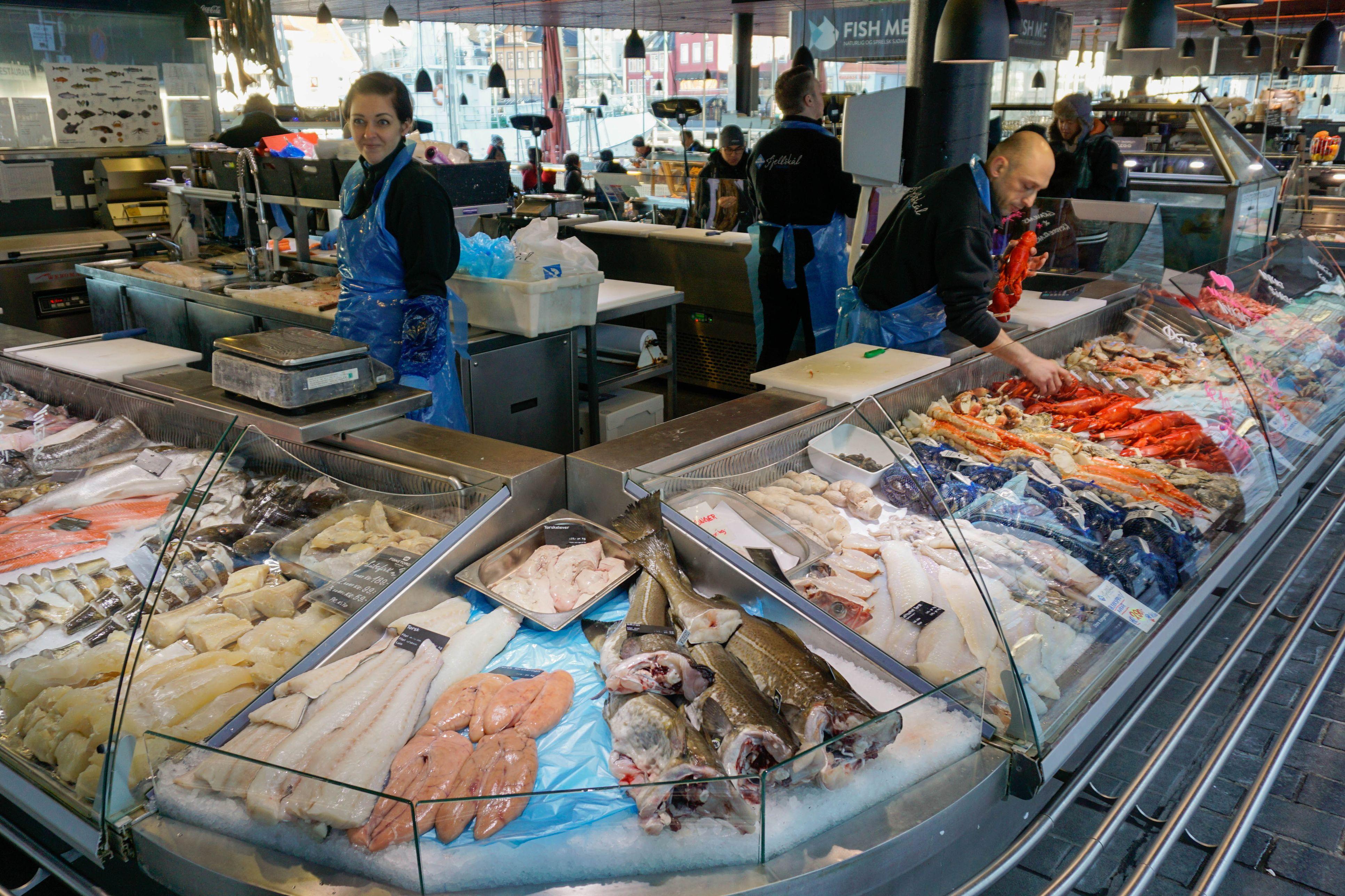 Mercado de pescado, Bergen, Hordaland, Noruega, Escandinavia, Europa