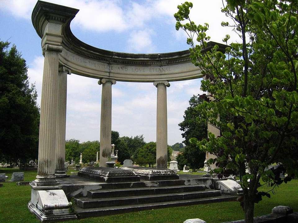 Elmwood Cemetery in Memphis, Tennessee.