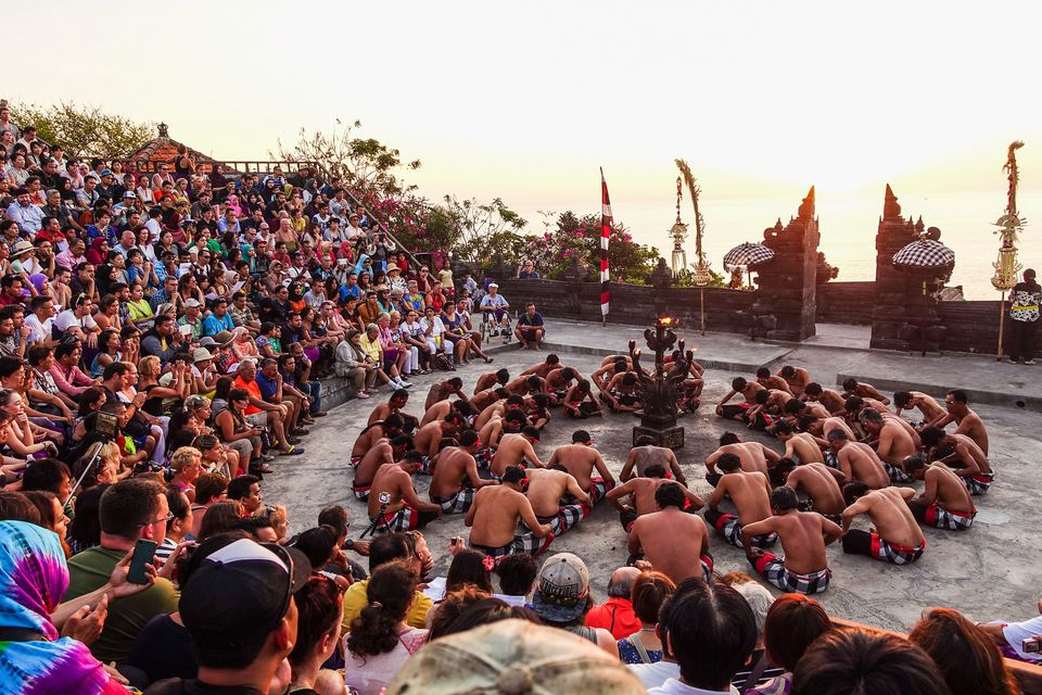 Actuación de Kecak, Pura Luhur Uluwatu, Bali