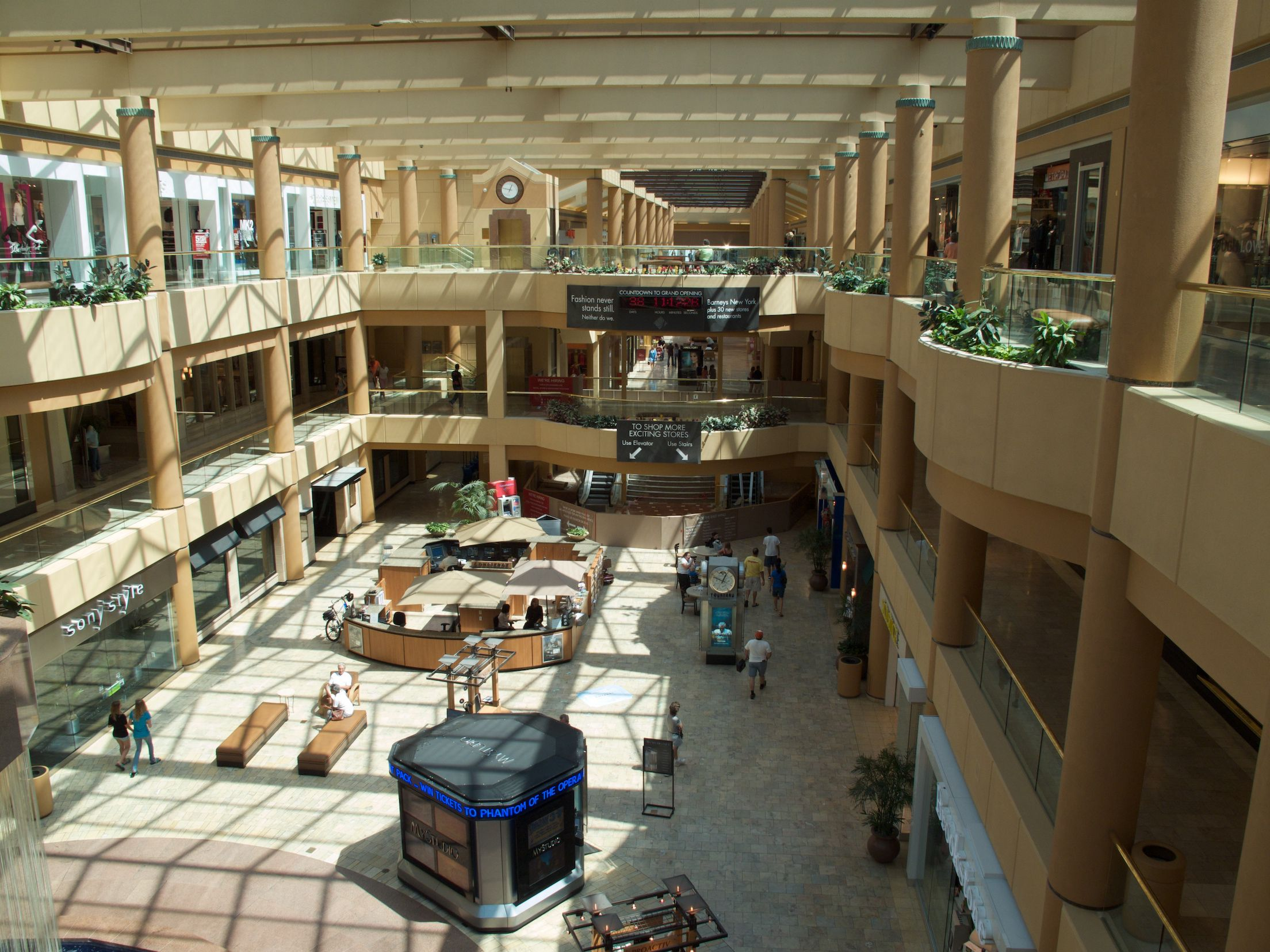 Guide To Scottsdale Fashion Square