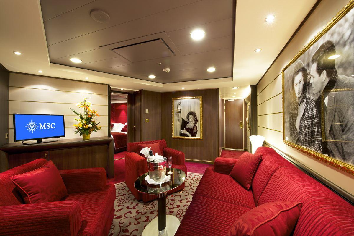 MSC Divina Yacht Club