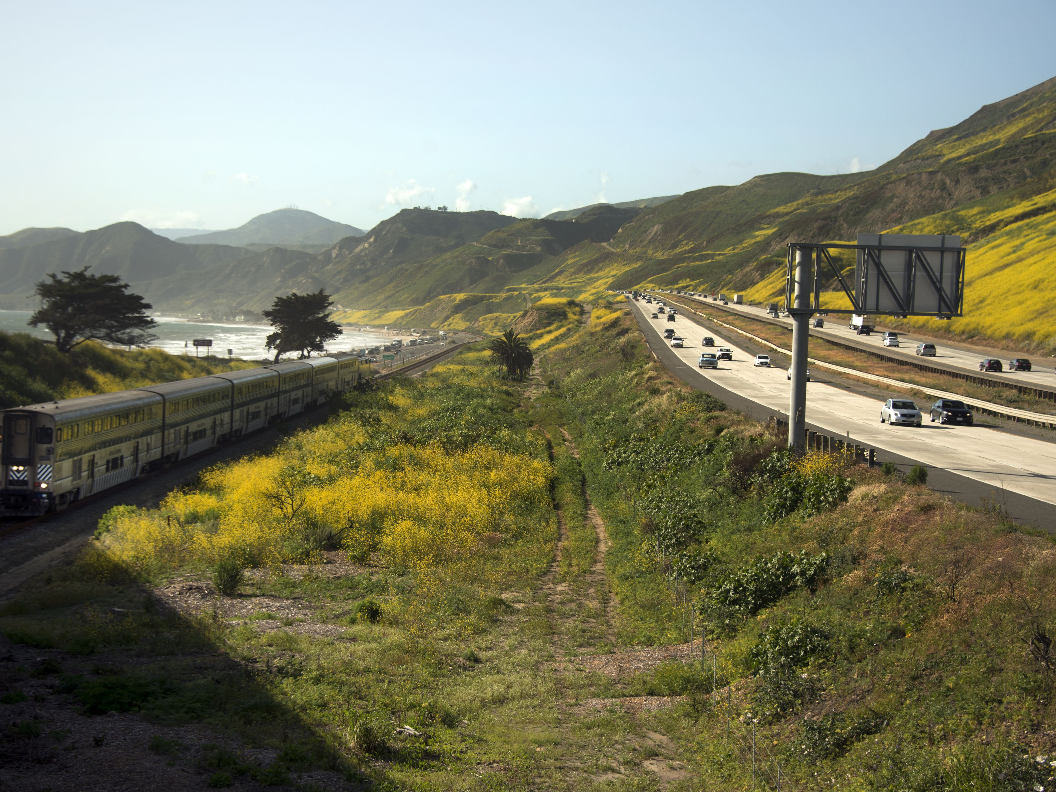 d3885b0b Los Angeles to San Francisco on US Highway 101