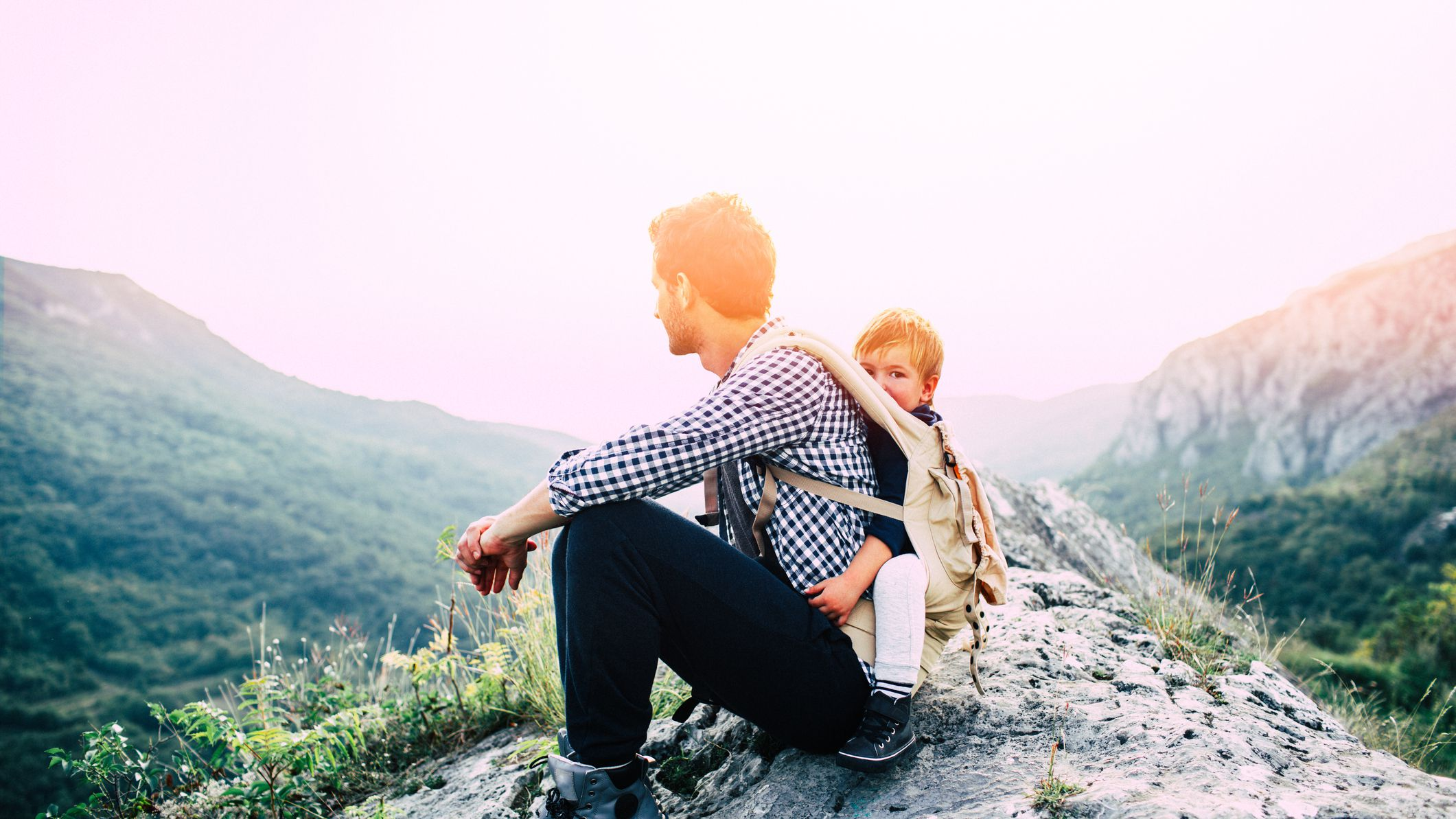 The 8 Best Baby Carriers For Hiking In 2019