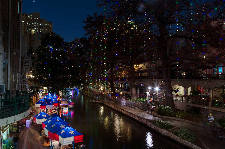 Riverwalk San Antonio Christmas.The Best Christmas Lights In San Antonio