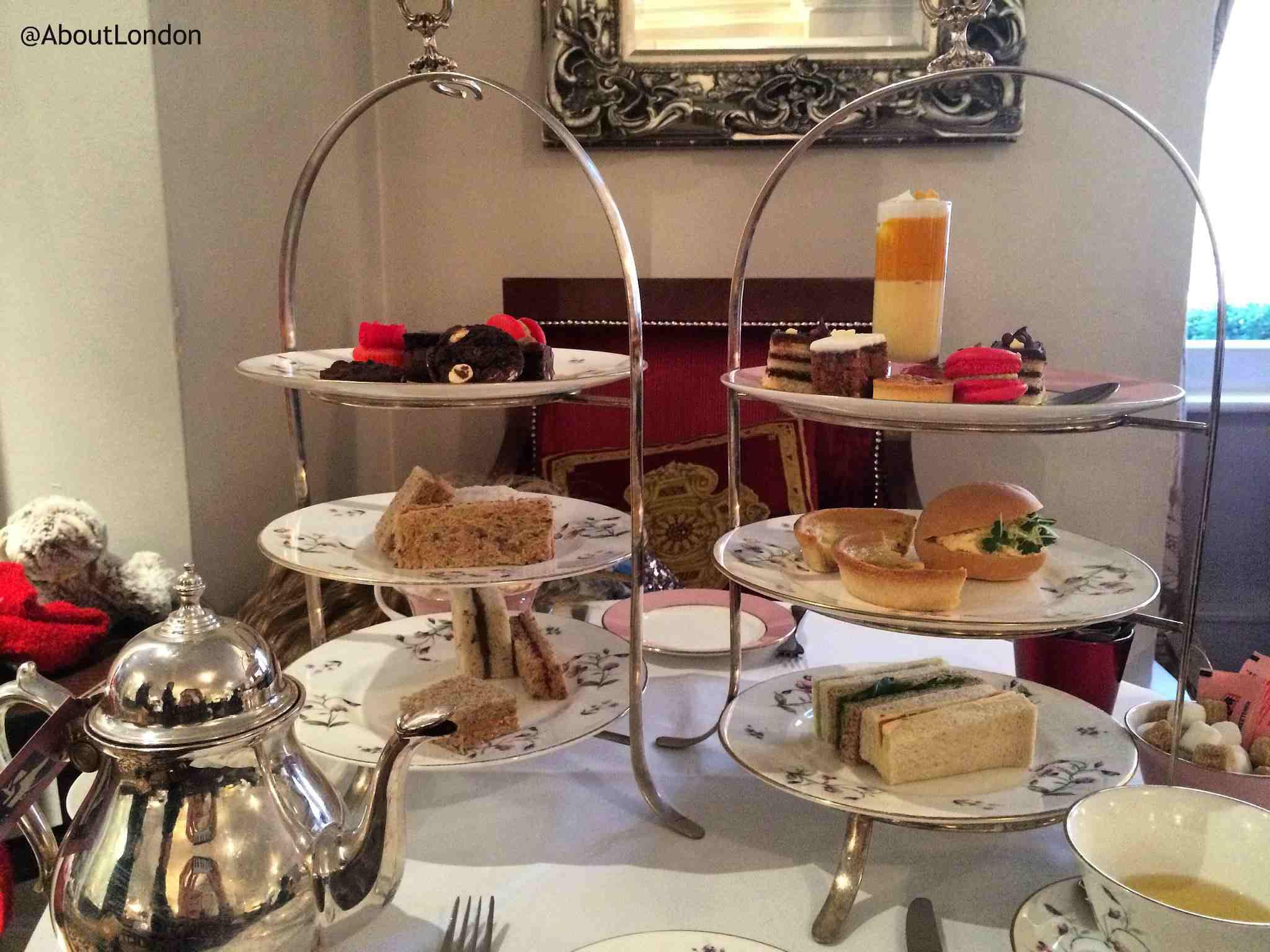 Royal Horseguards Hotel Mini Tea