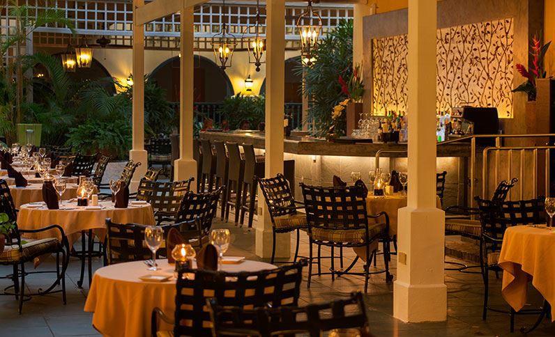 Patio de Nispero, El Convento Hotel, San Juan