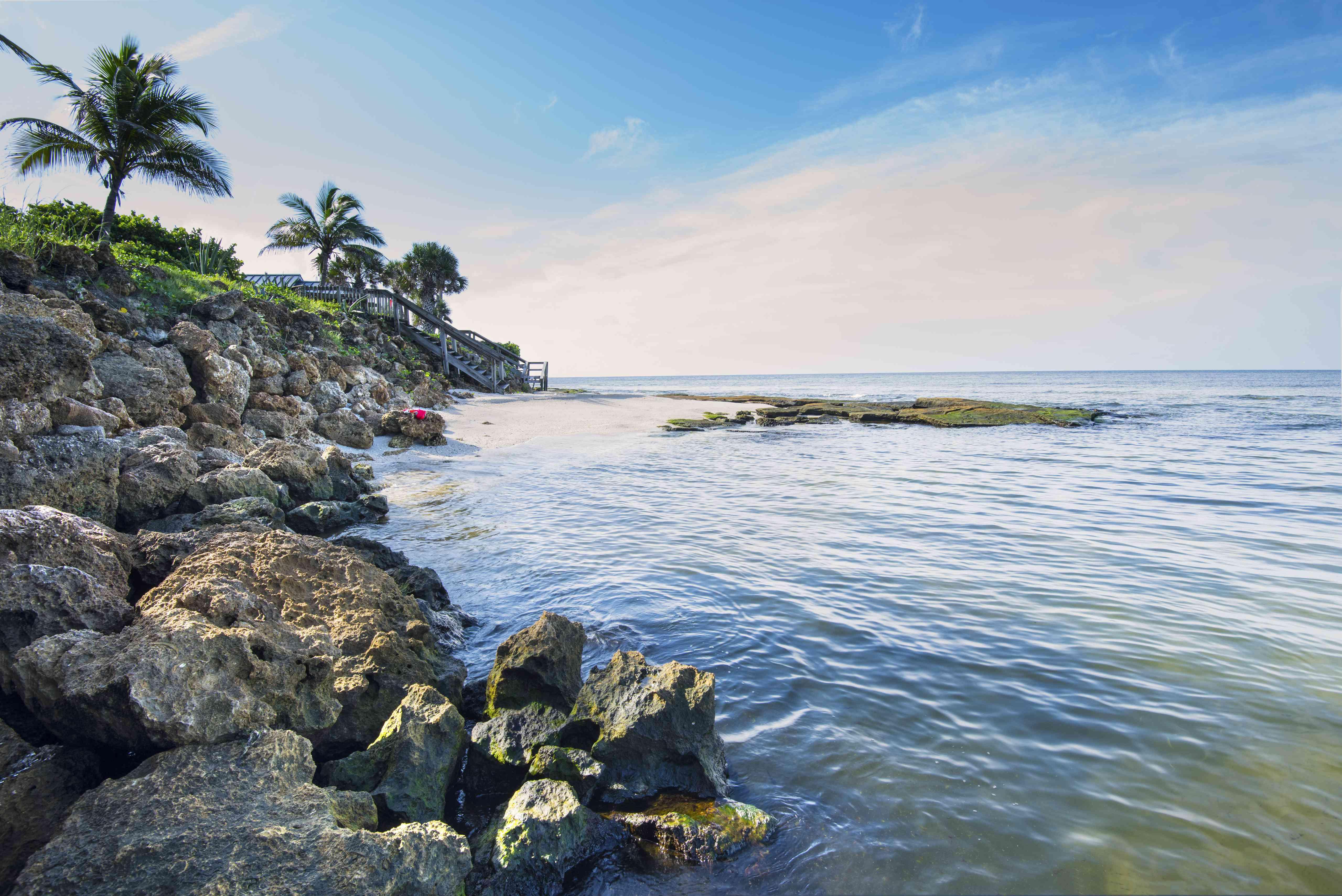 Florida, Siesta Key, Point Of Rocks, Limestone Formations, Gulf Of Mexico