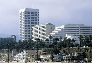 Santa Monica Pier Restaurants Whats Good Whats Not