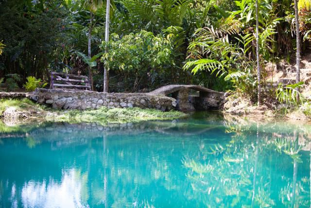 Blue Hole Mineral Spring, Jamaica
