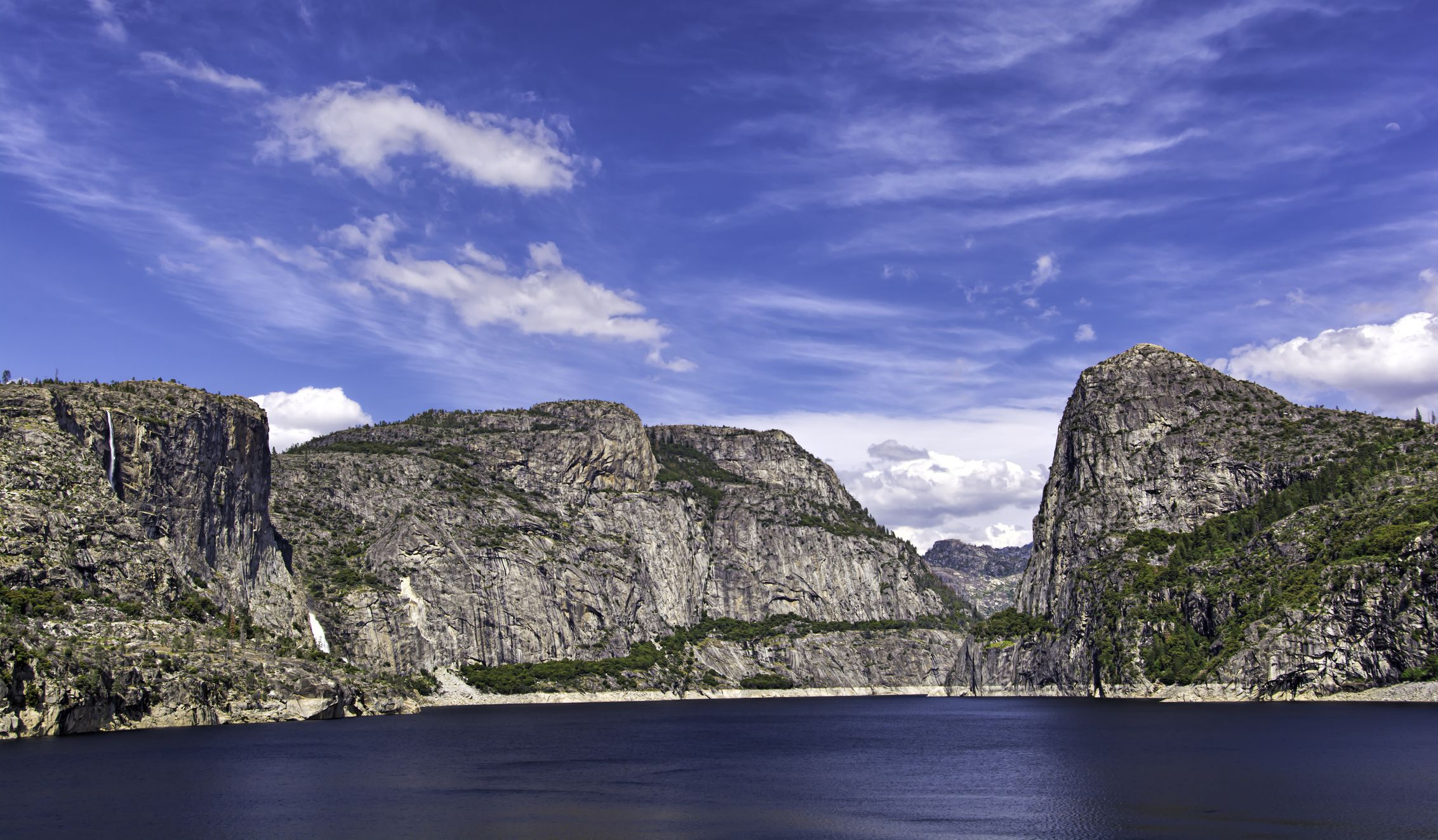 A Map And Guide To Hetch Hetchy Reservoir At Yosemite