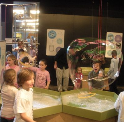 Long Island Children's Museum - Bubble Gallery