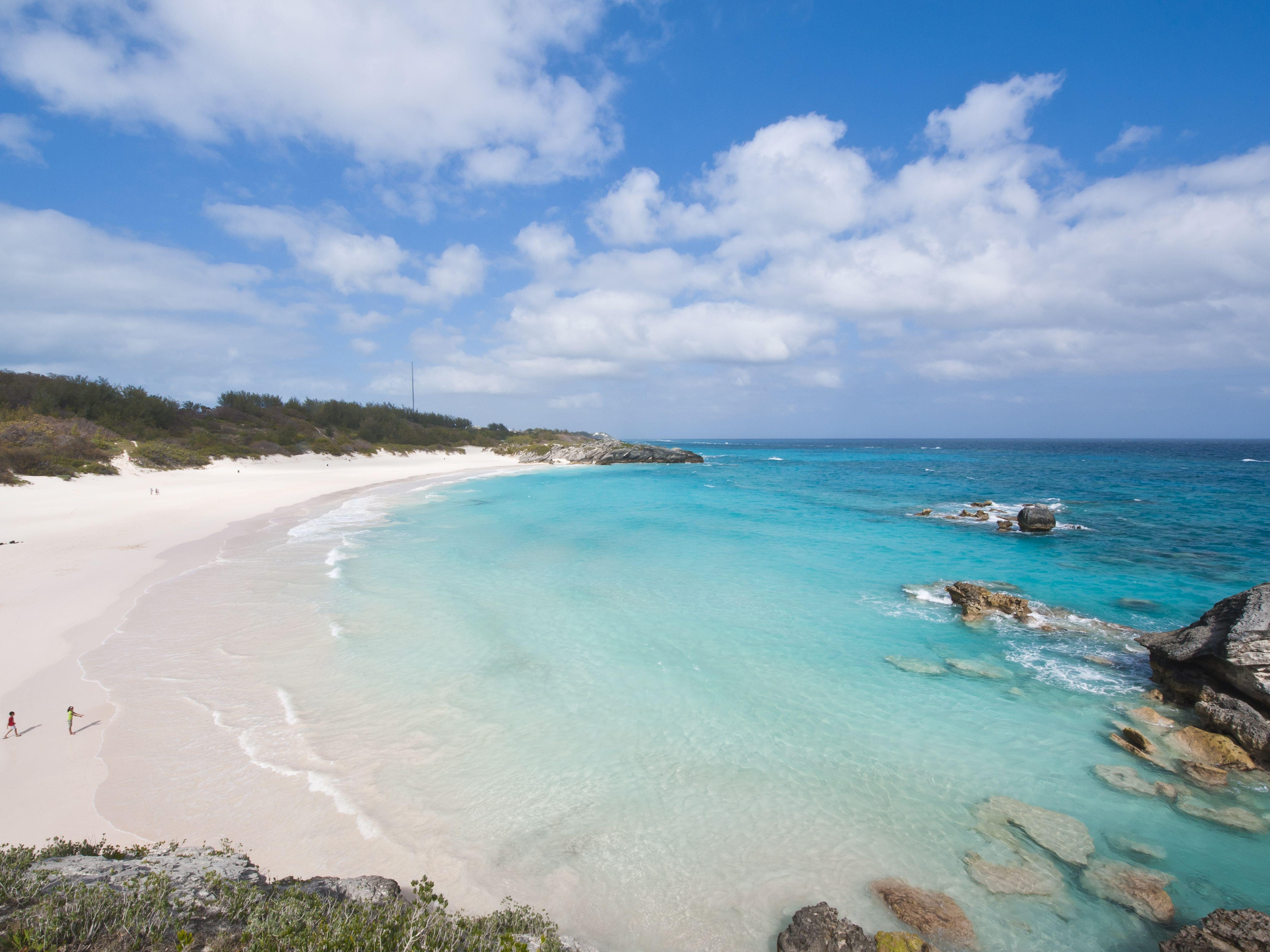 A Guide To Bermuda S Horseshoe Bay Beach