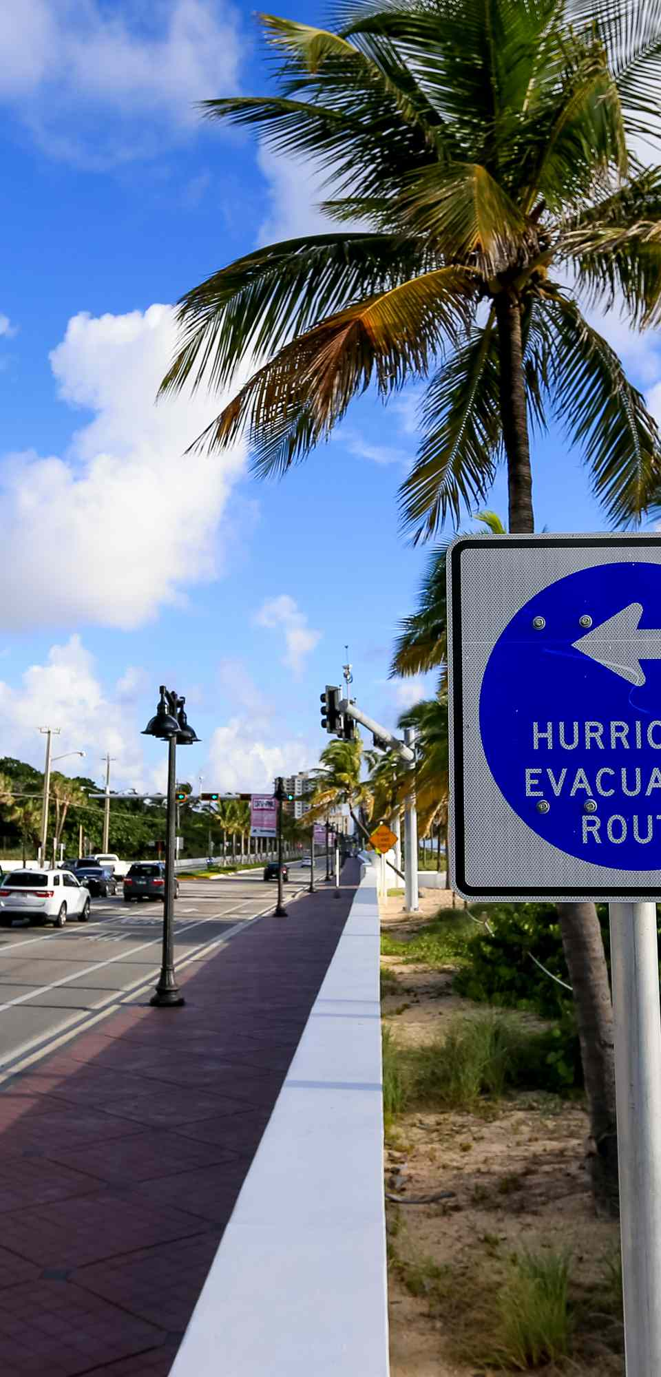 Hurricane evacuation route sign along highway in Fort Lauderdale, Florida.