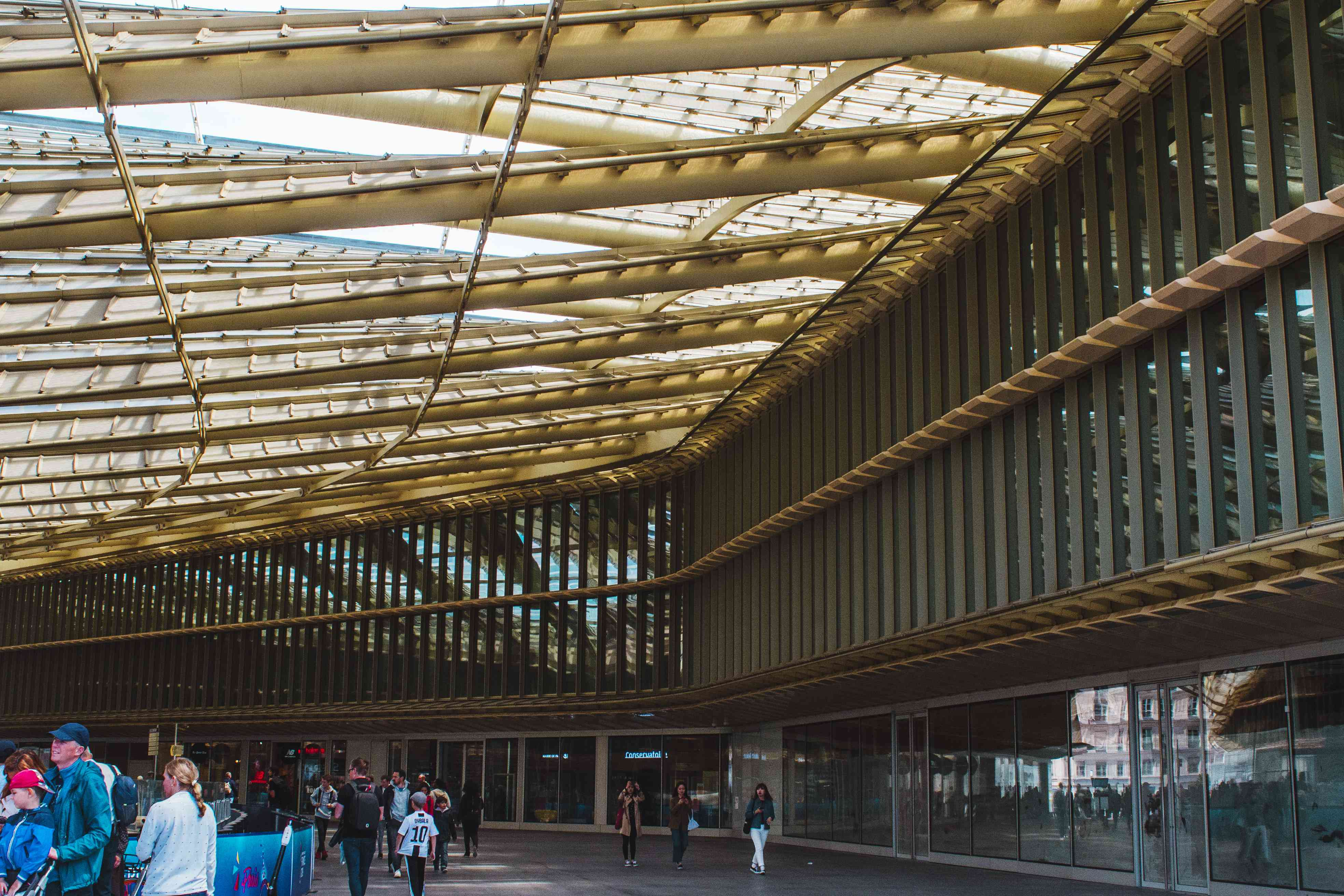 Architecture of Les Halles shopping center