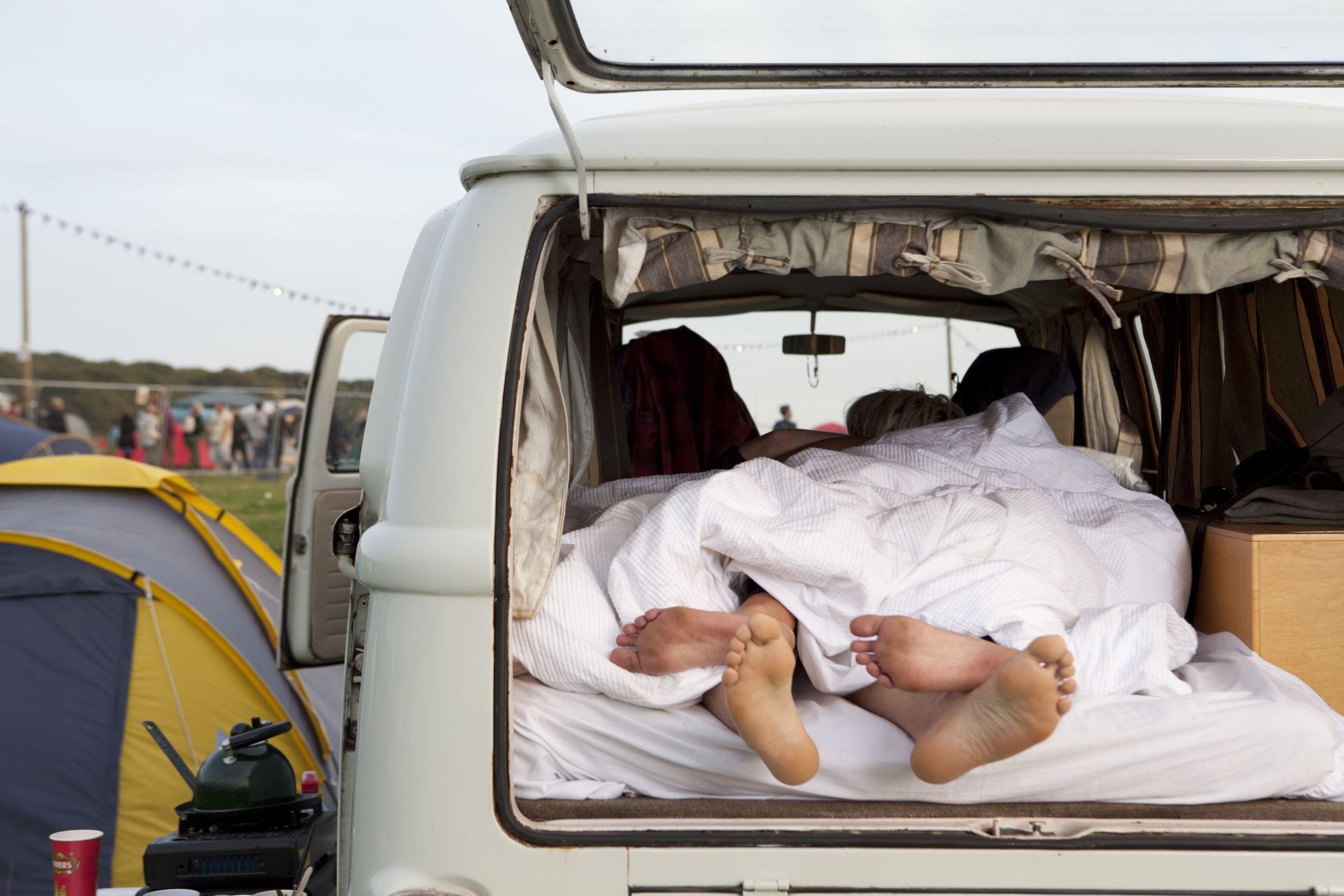 11 ways to sleep better in an rv