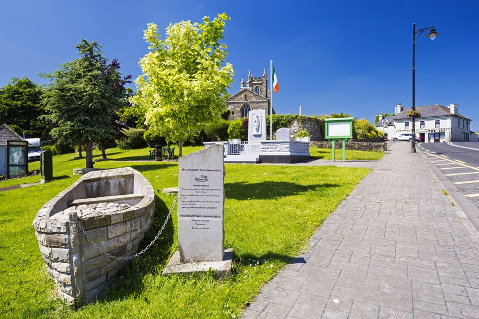 Ireland, County Roscommon, Ballinlough. Boat monument in small town