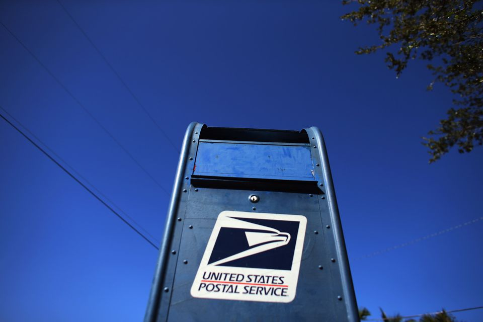 A U.S. Postal Service mailbox