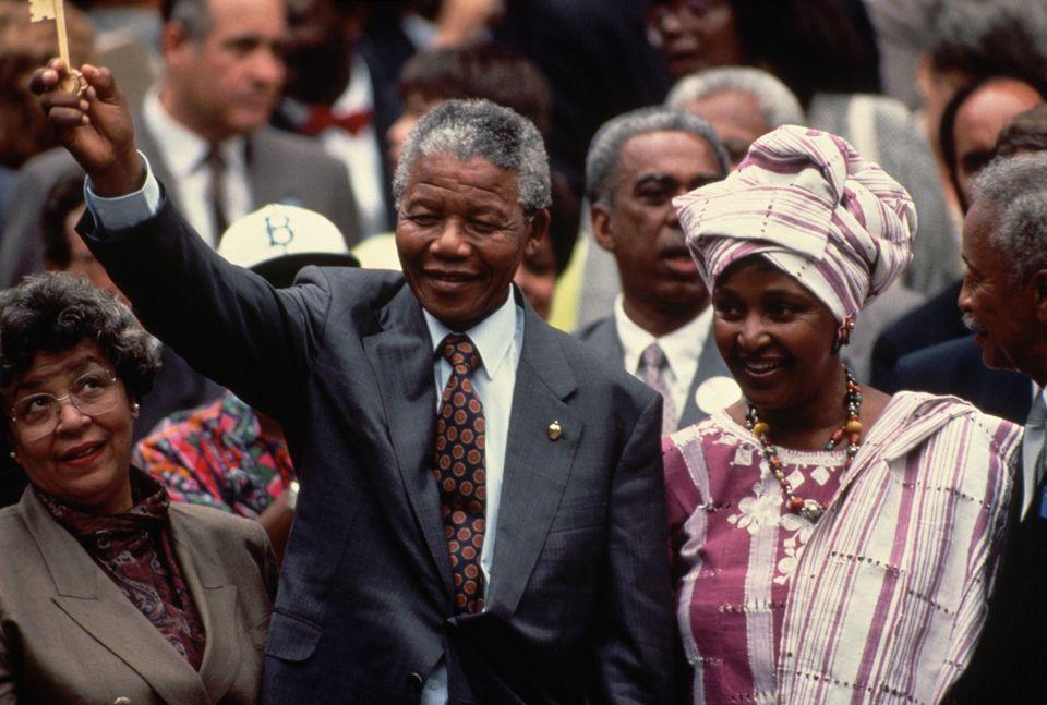 Nelson and Winnie Mandela holding key