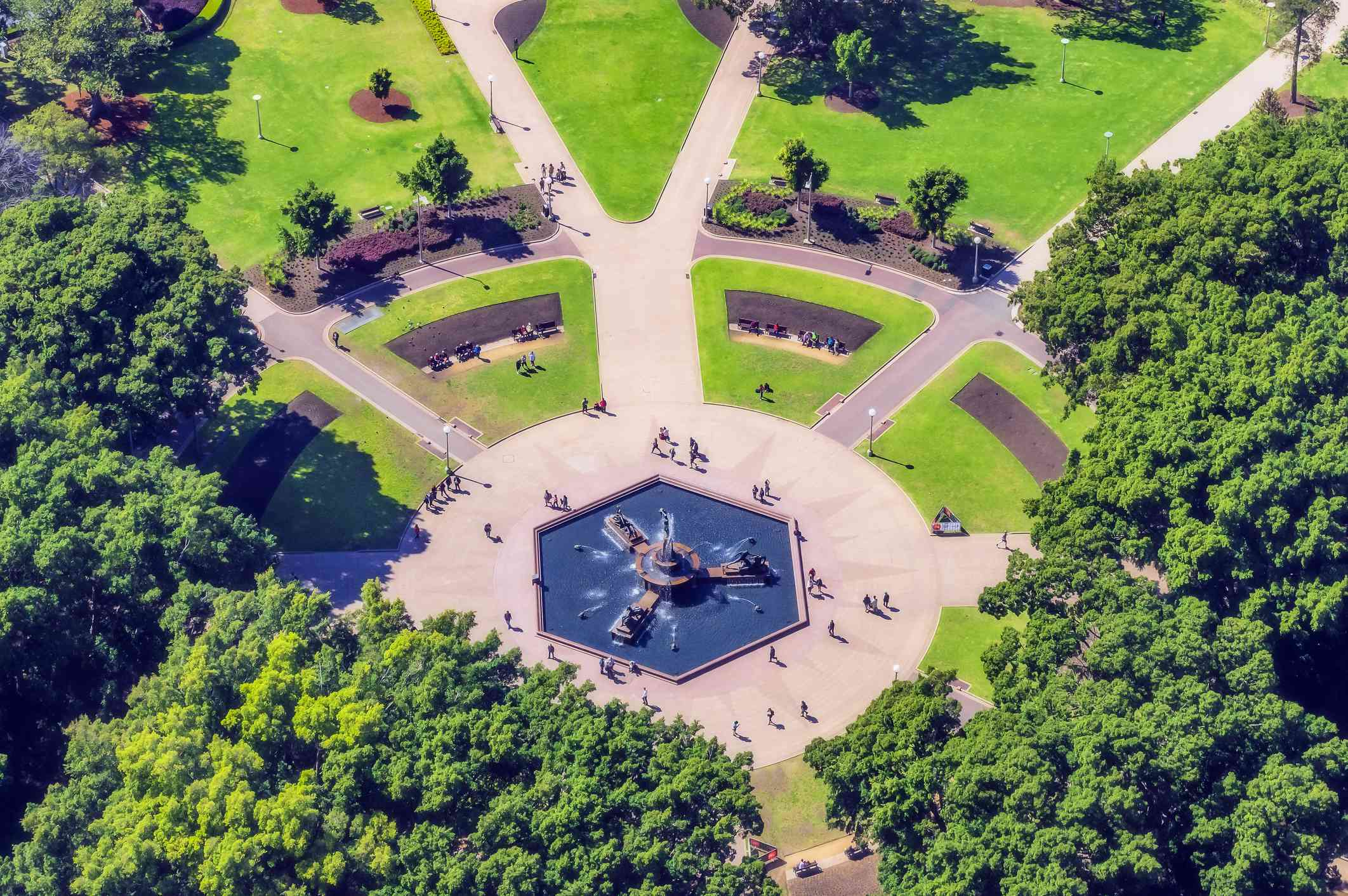 Aerial view of Hyde Park fountain