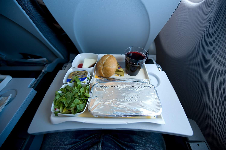 Comida en el avión