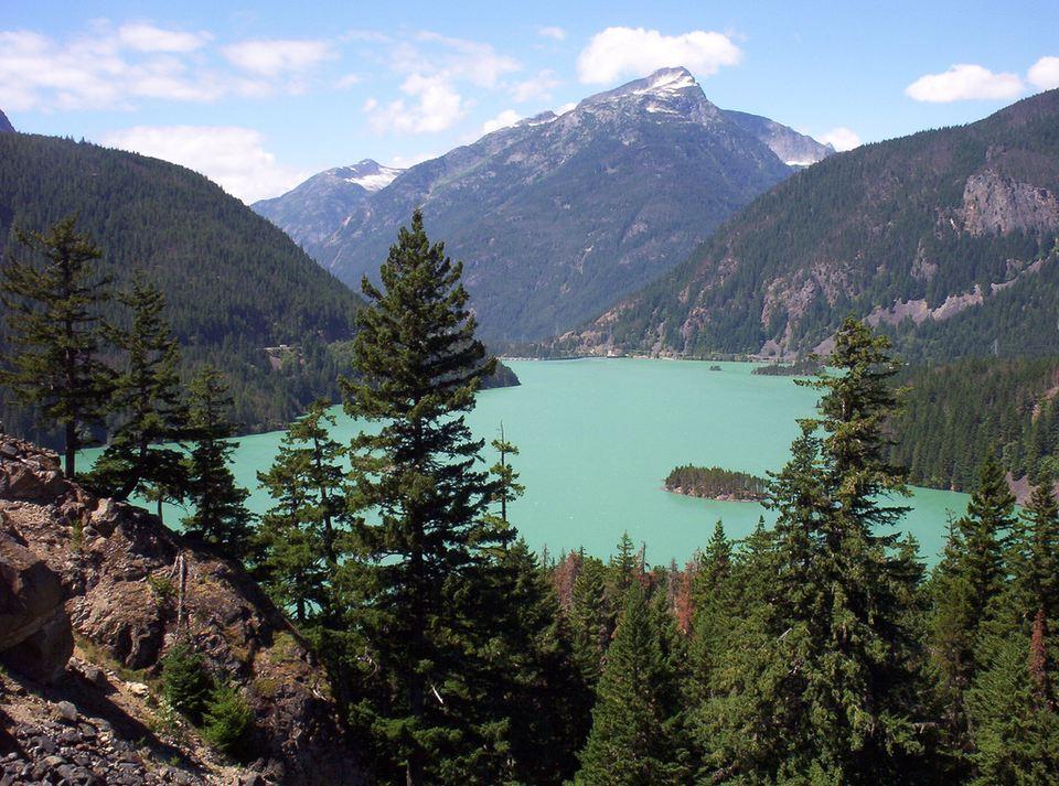 Lago Diablo en el Parque Nacional North Cascades, Washington