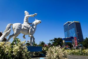Statue of Sultan Hasanuddin outside Fort Rotterdam, Makassar, Indonesia