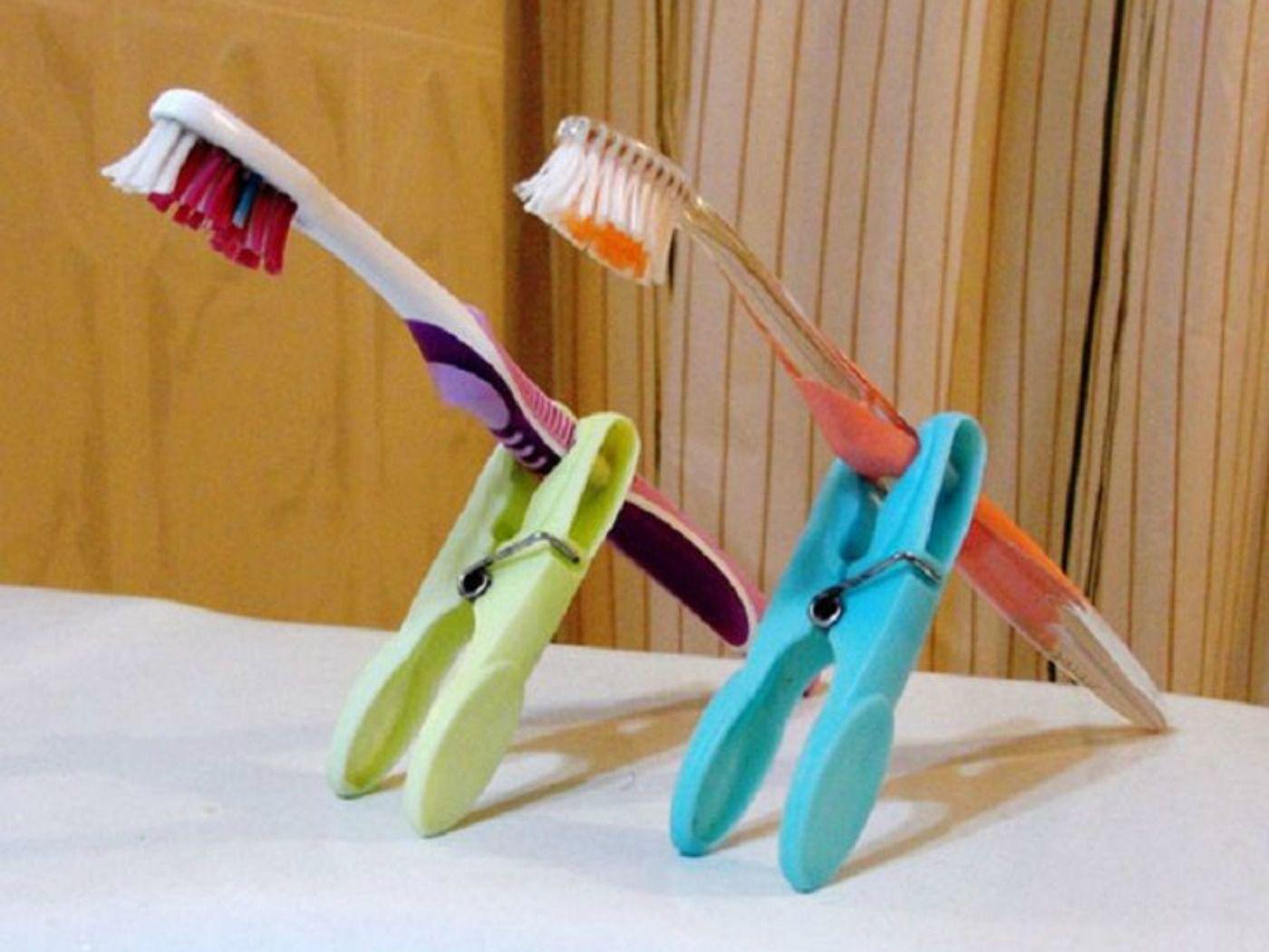 Pinterest_Packing_ToothbrushHolder.jpg
