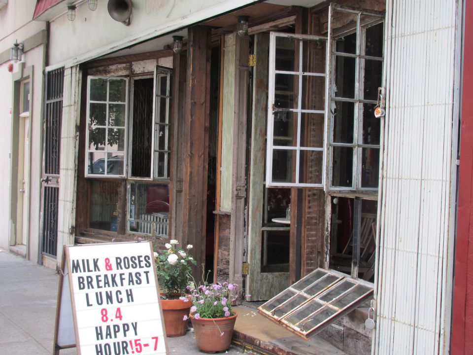 Greenpoint-Cafe-Milk-Roses.jpg