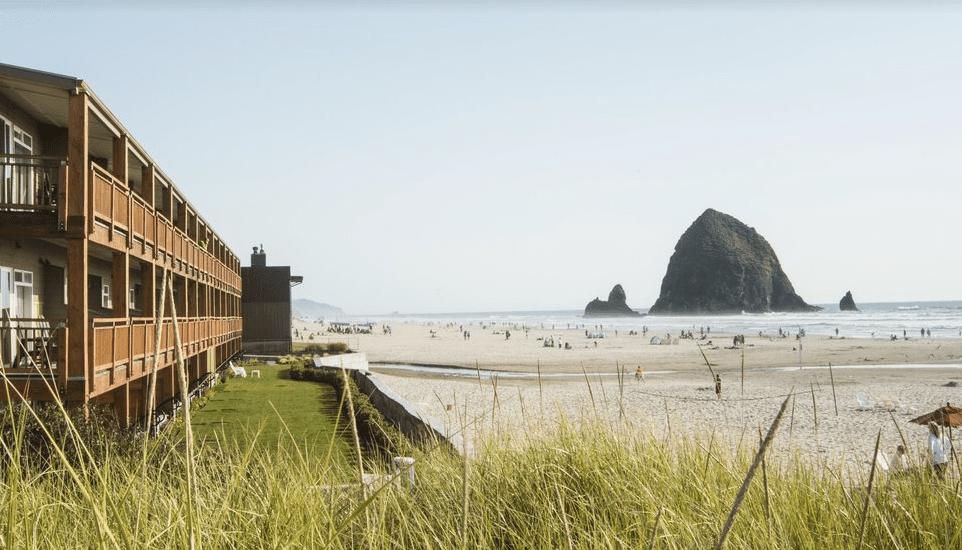 Surfsand Resort (Oregon)