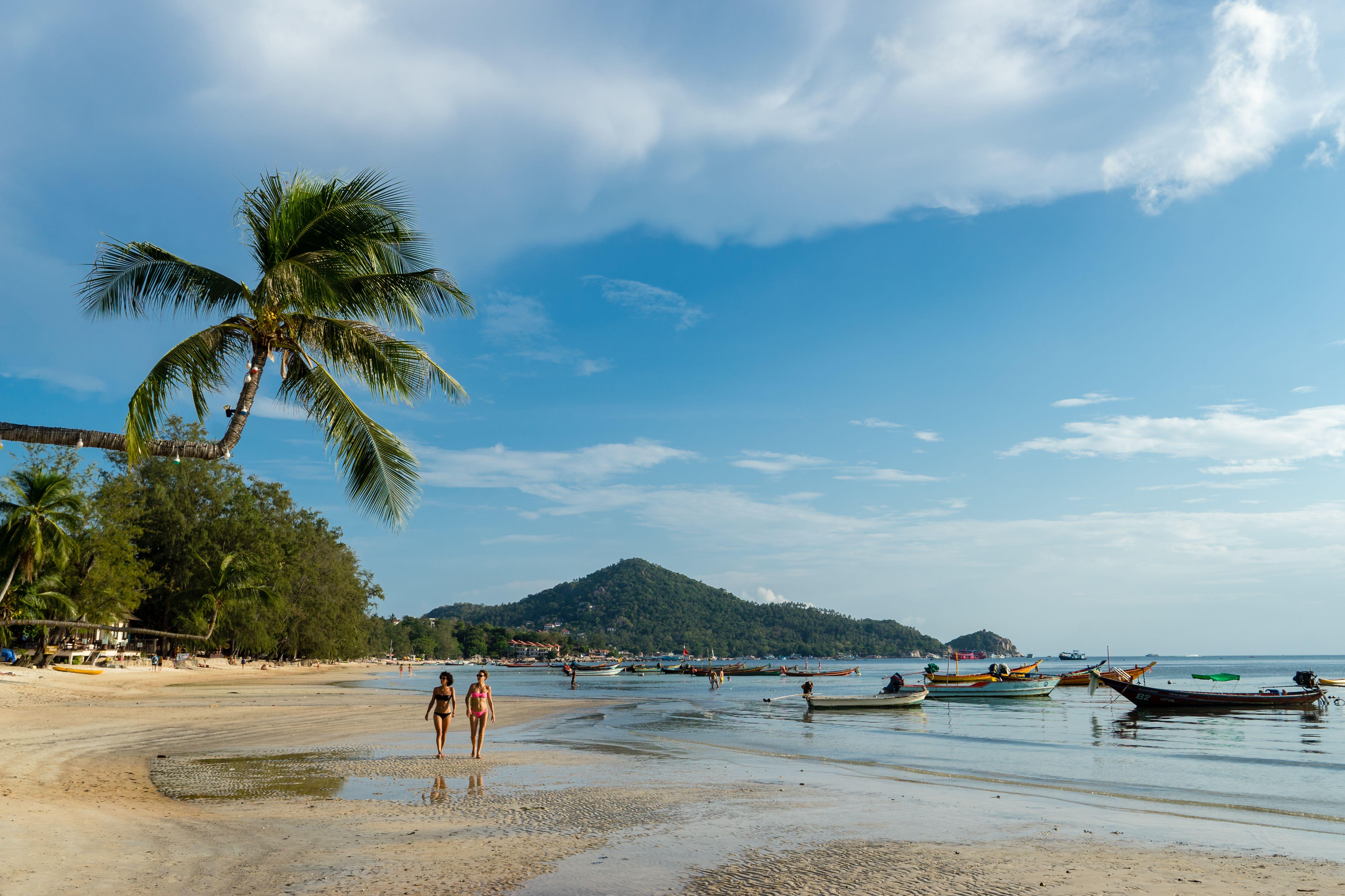 the top 10 beach destinations in thailand