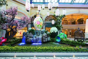 Asian themed water feature in the Bellagio Las Vegas Lobby