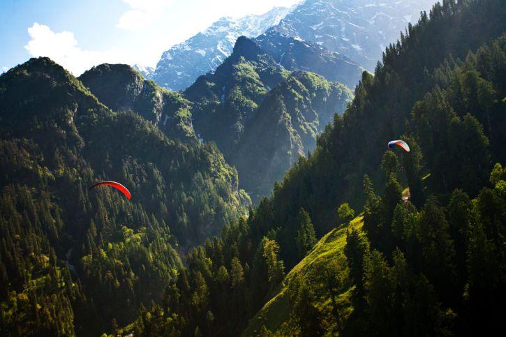Bir Billing Paragliding Himachal Pradesh.