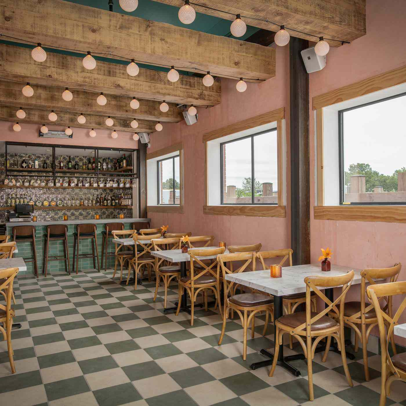 pink and green accented dining room at Ambar restaurant