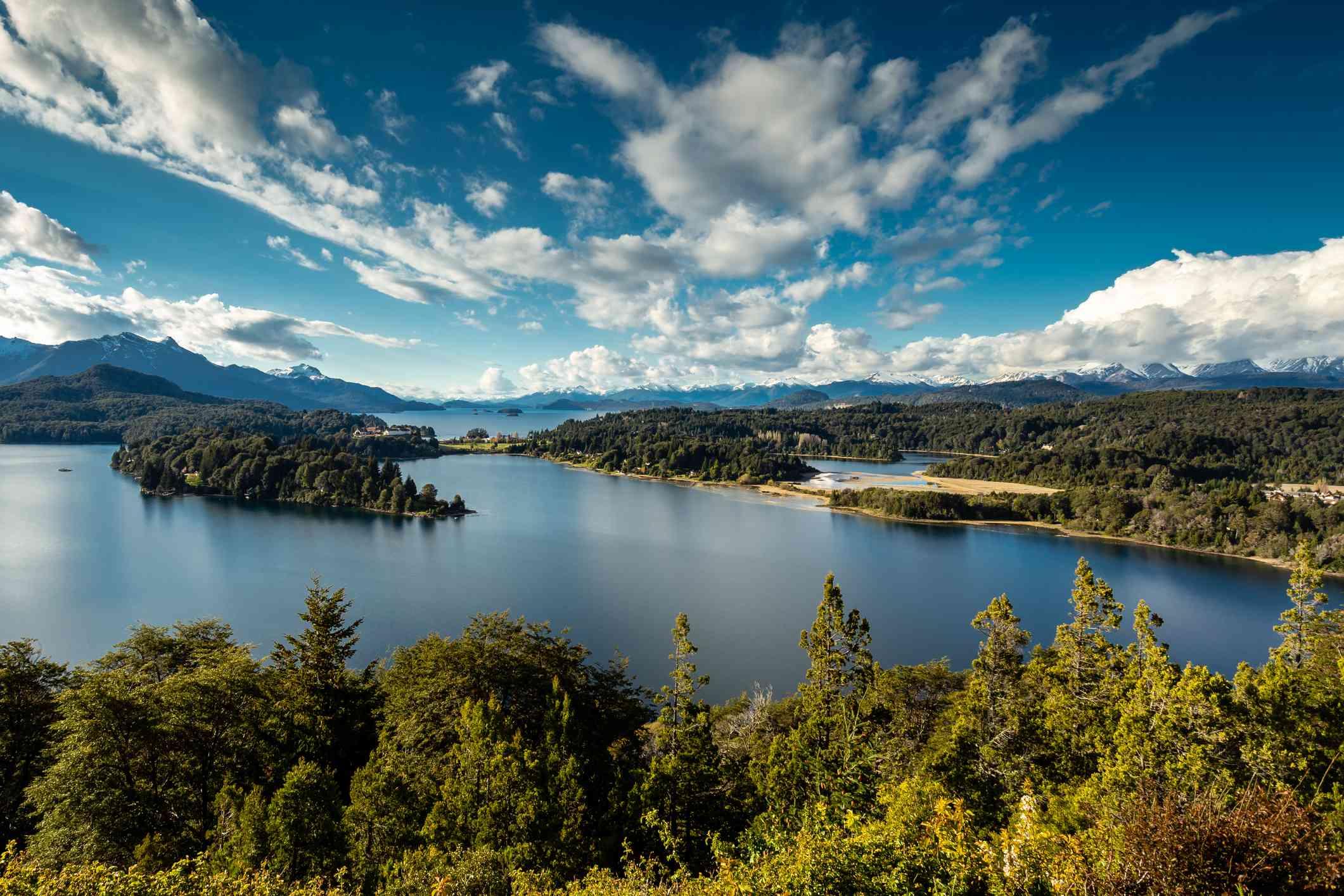 Lago Perito Moreno en el Parque Nacional Nahuel Huapi