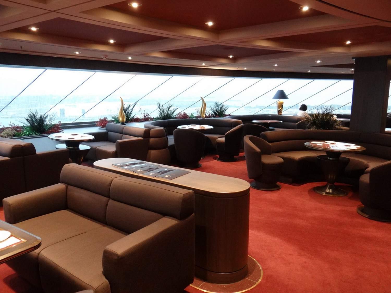 MSC Divina Yacht Club Top Sail Lounge