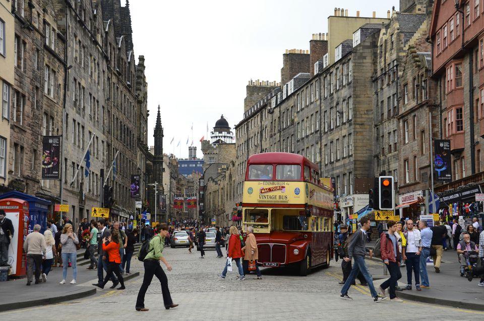 Tourist bus in Edinburgh
