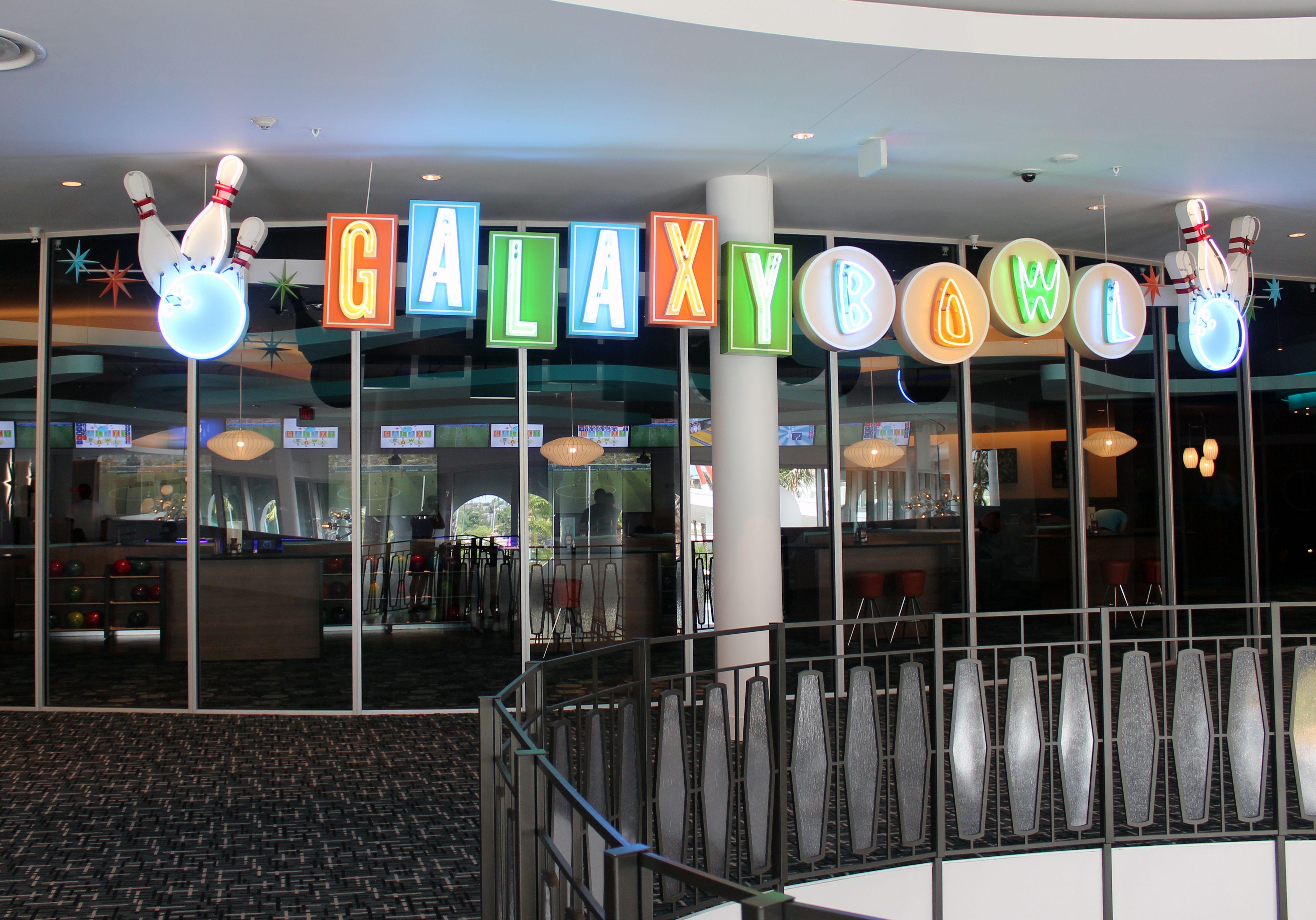 Cabana Bay Universal Orlando Bowling