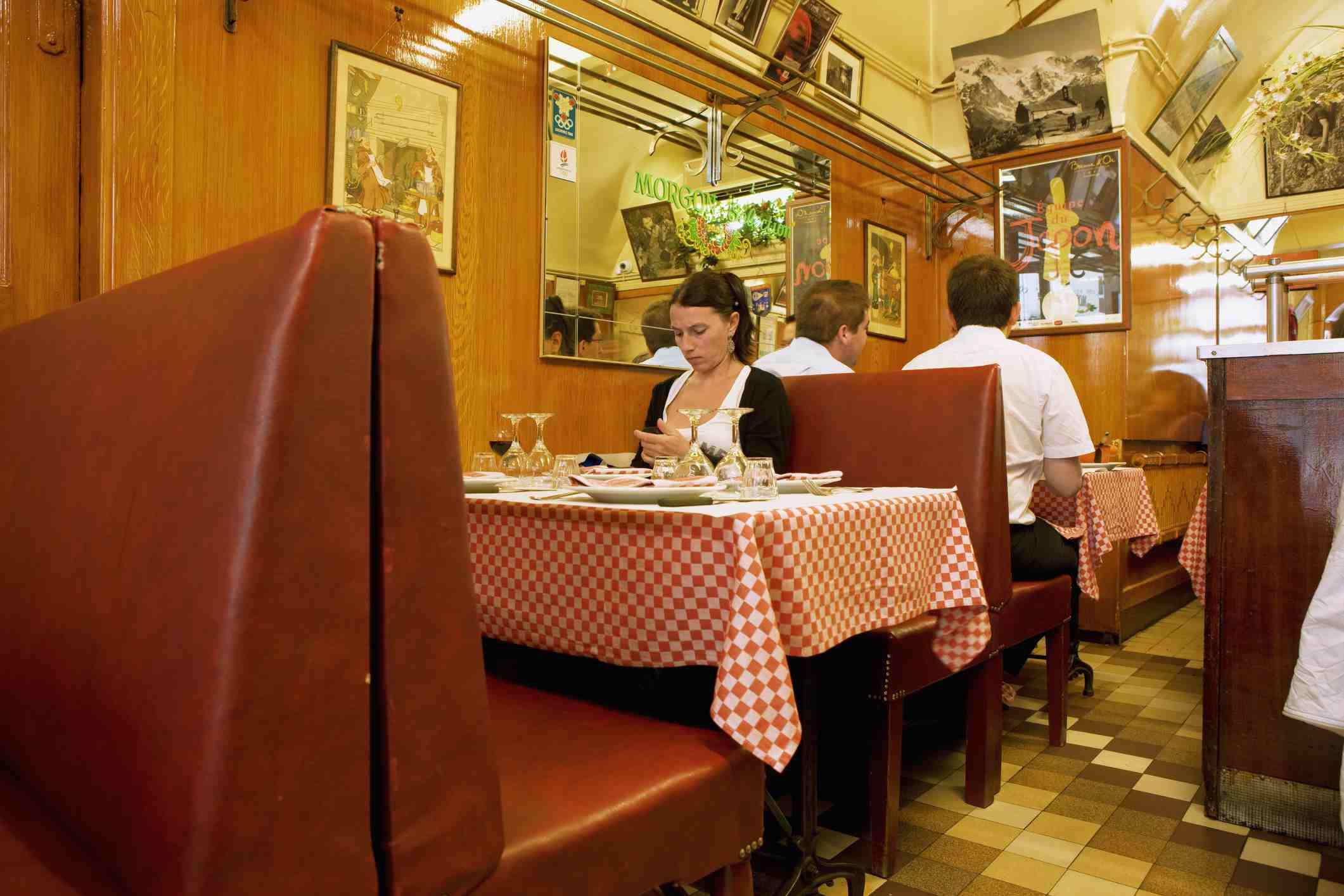 Le Cafe des Federations