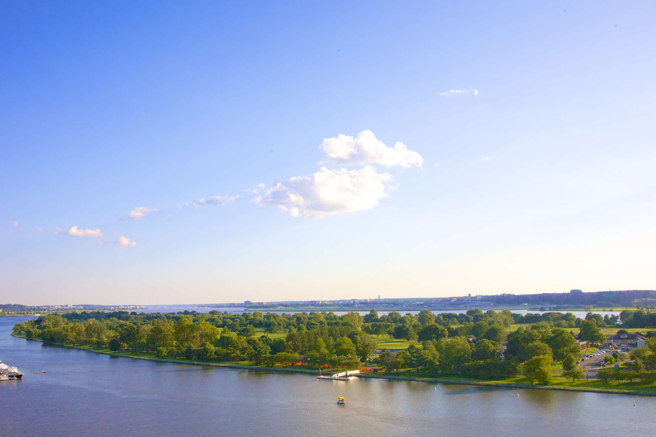 East East Potomac Park along Potomac River